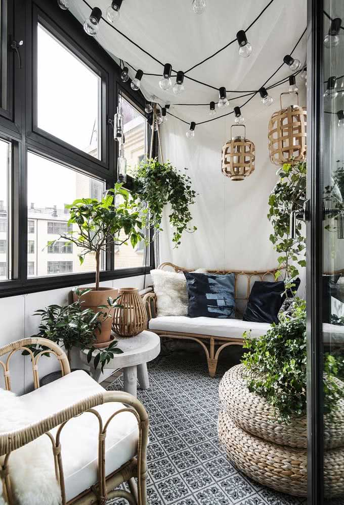 Lamps and plants for an inviting balcony