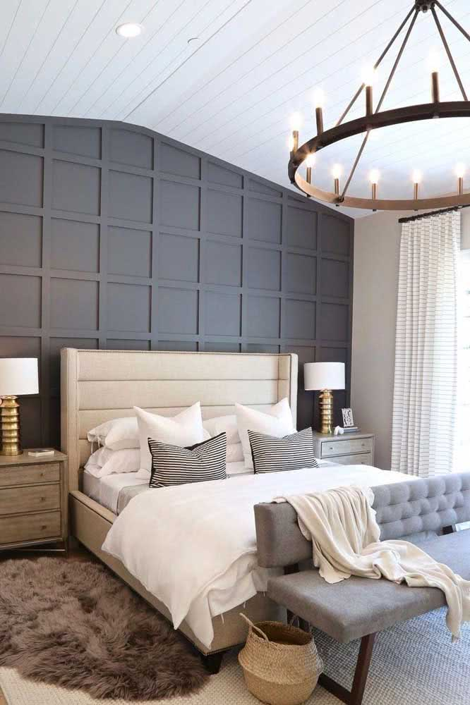 On the edge of the bed: the classic way to present the sofa to the bedroom