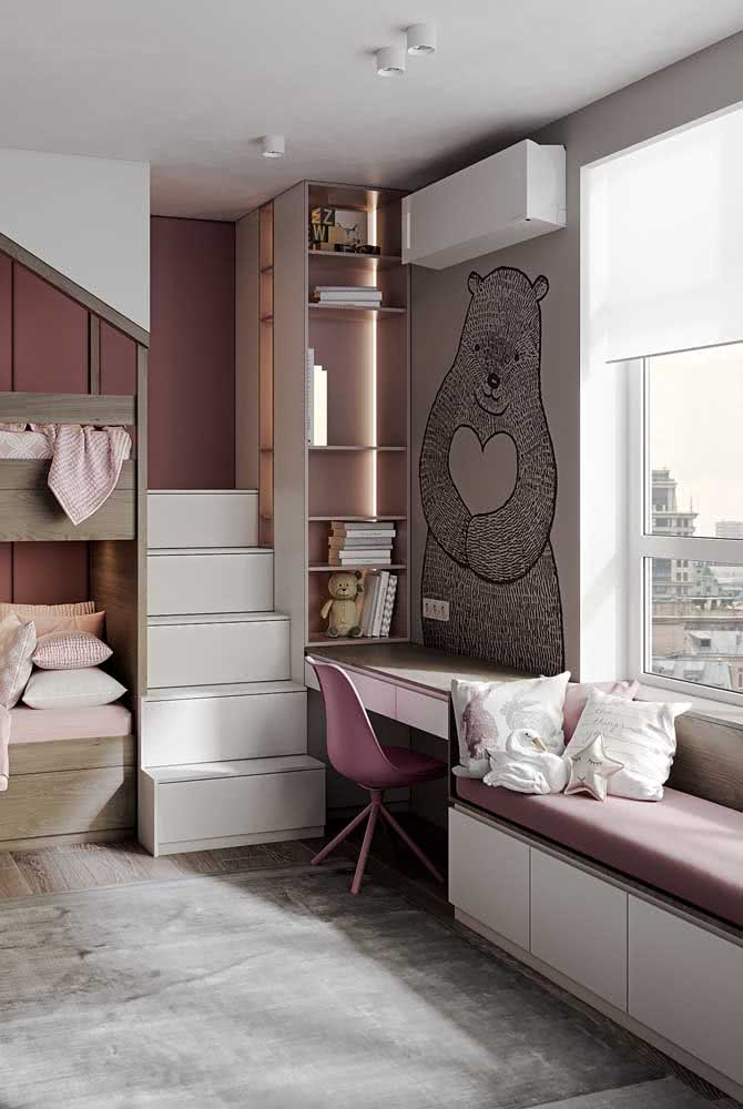 Sofa for children's room: decorate with functionality