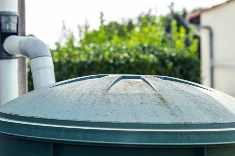 How much does it cost to clean the water tank?
